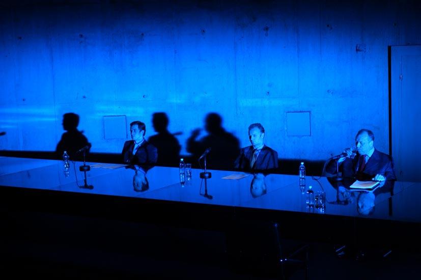 Unter Eis, texte et mise en scène de Falk Richter © Arno Declair
